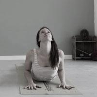 Yoga-FlowBW